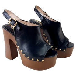 BLACK MULES WITH COMFORTABLE HEEL