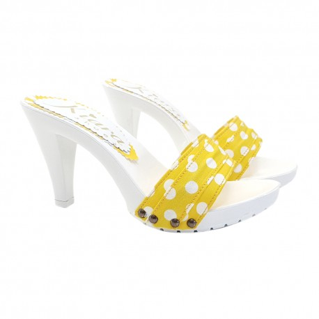 CLOGS WITH YELLOW POLKA DOT UPPER HEEL 9