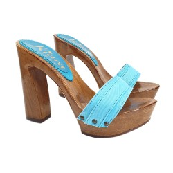 TURQUOISE CLOGS COMFY HEEL