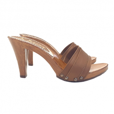 HEEL CLOGS IN BROWN LEATHER